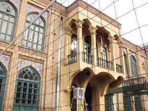 ستونهای دبیرستان فیروزبهرام جابهجا شد